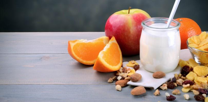 healthy snacking - yogurt