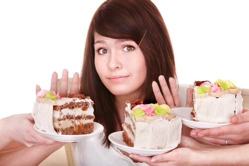 Girl refuses to eat pie