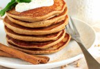 Sugar free buckwheat pancakes with yogurt topping