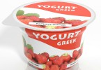 greek yogurt with strawberries