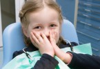 The-little-girl-afraid-in-the-dental-clinic