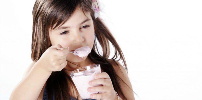 dieta-ninos-yogur