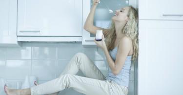 obesity-nutrients-yogurt-Russian-women