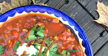 Turkey black bean chili with sriracha and yogurt