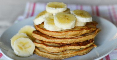 Stack+of+banana+pancakes