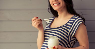 Maternal consumption of yogurt and milk are associated with less low birth weight