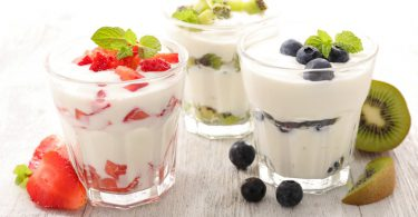 Yogurt is associated with lower mortality at 15 years among middle-aged men