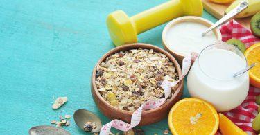 Restrained eaters choose preferentially fat-free yogurt