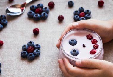 yogurt-children-adolescents -health