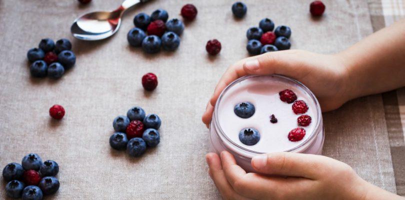 enfants-yaourt-qualie-alimentation