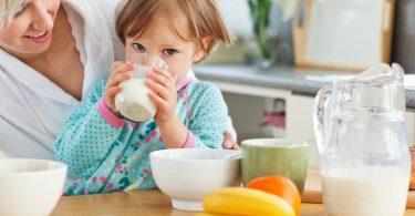 breakfast-milk-kids-overweight