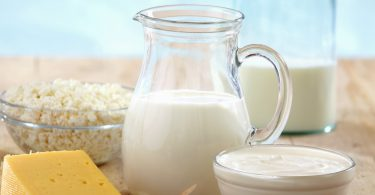 diabetes-prevention-cheese-yogurt