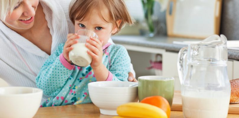 Breakfast: drinking milk to protect kids from overweight | Yogurt ...