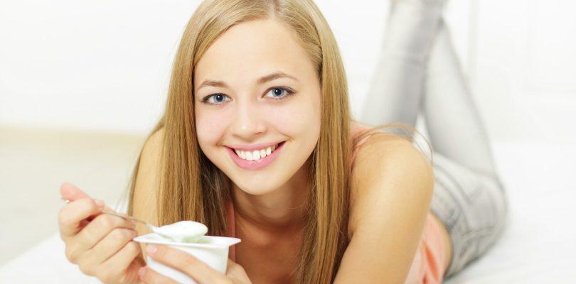 dairy-nutrients-adolescents-girl